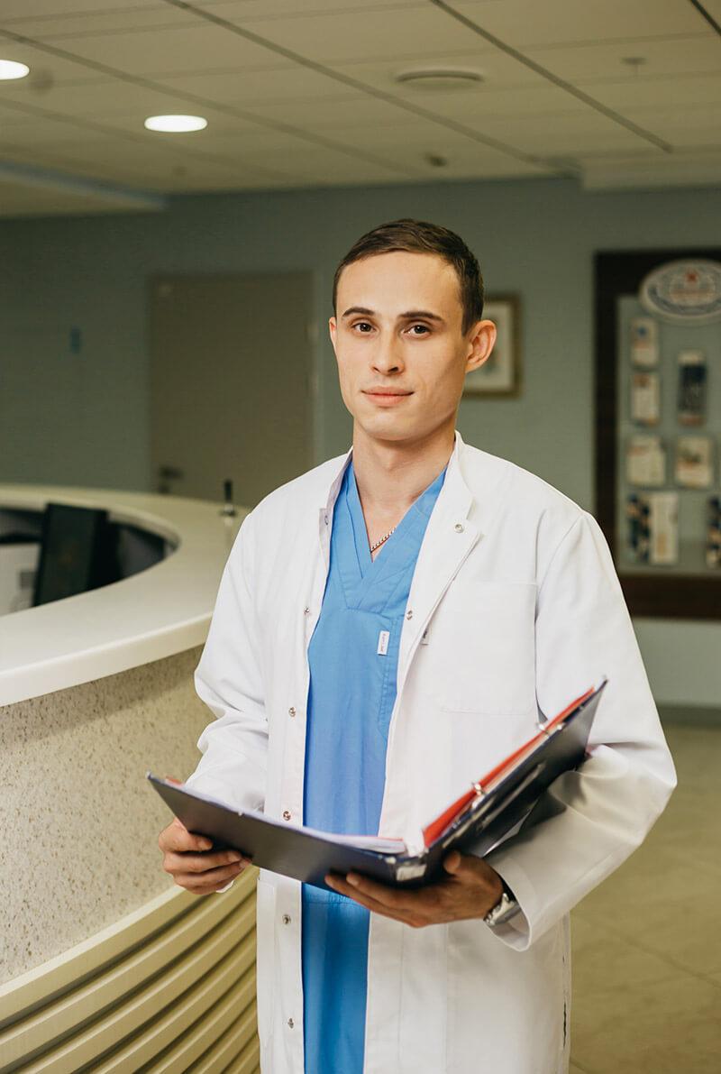 Шаболдин Андрей Николаевич - врач, нейрохирург