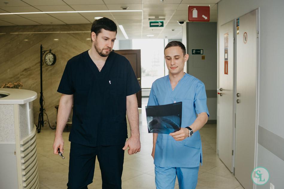 Оперирующие хирурги